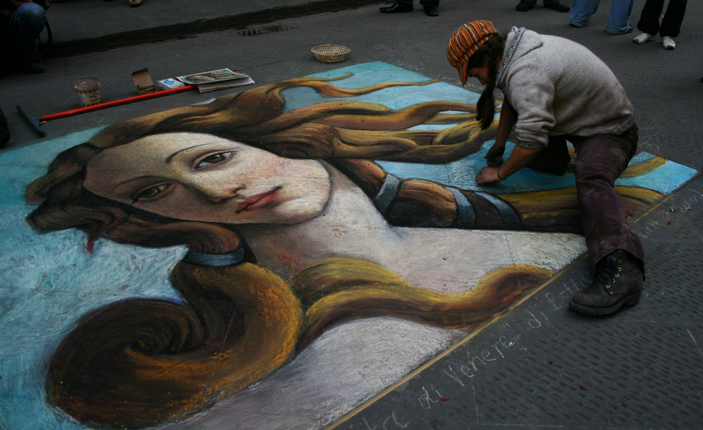 The Botticelli Birth of Venere in street art
