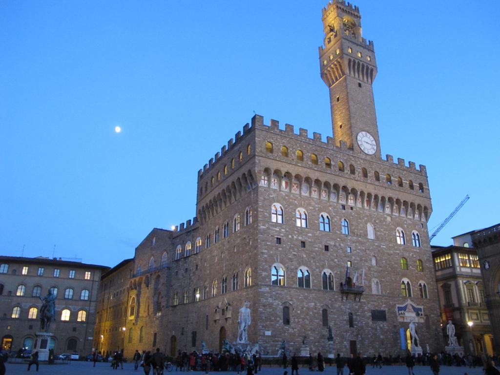 Palazzo Vecchio at sunset
